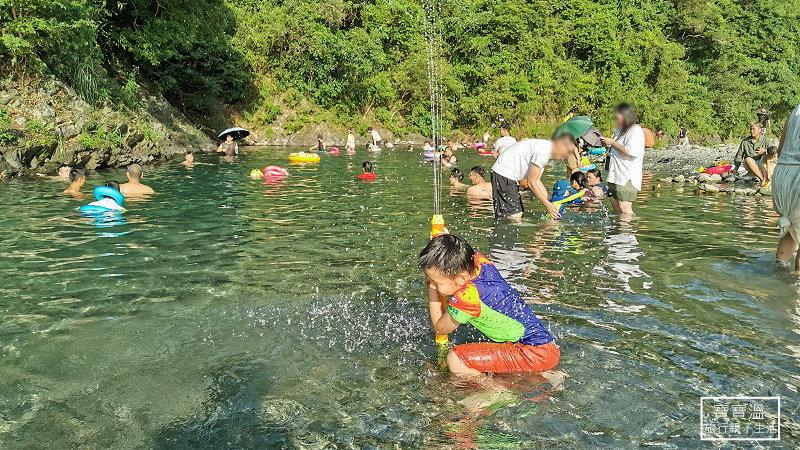 宜蘭蘇澳最新開放玩水秘境 | 武荖坑風景區 暑假開放戲水,水深適合全年齡的孩子,快來孩子來宜蘭玩水