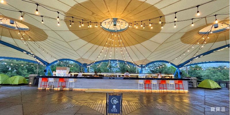 屏東東港大鵬灣|豐BAR 海景咖啡館,青洲濱海遊憩區新亮點,眺望小琉球、看夕陽好去處