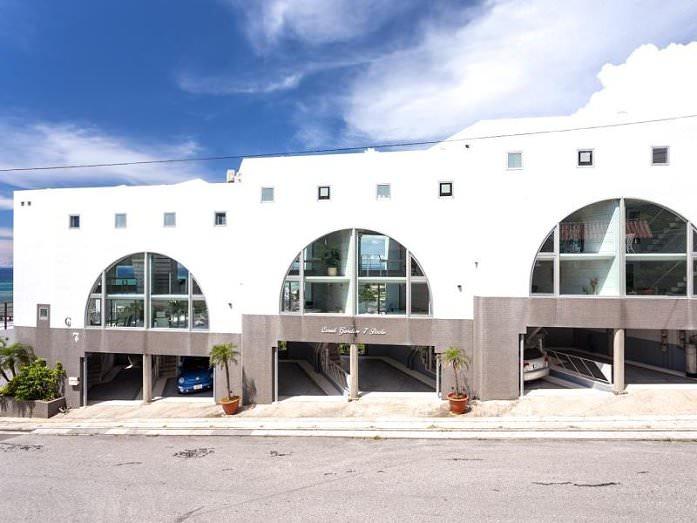 13_珊瑚花園7泳池公寓 (Coral Garden 7 Pools Condominium)01.jpg - 沖繩海濱飯店