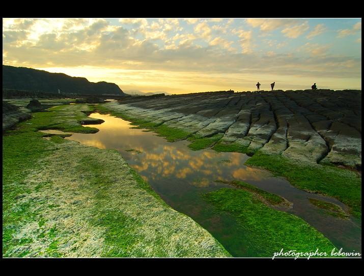 [ 基隆海岸秘境 ] 八斗子神秘海岸秘境~大坪海岸 觀日落 玩水